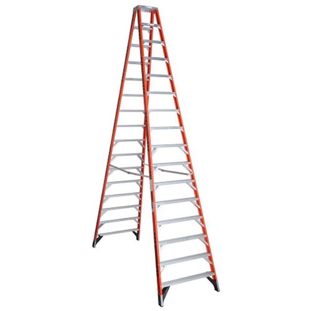 Where to find LADDER, STEP 16  FIBERGLASS in Baton Rouge